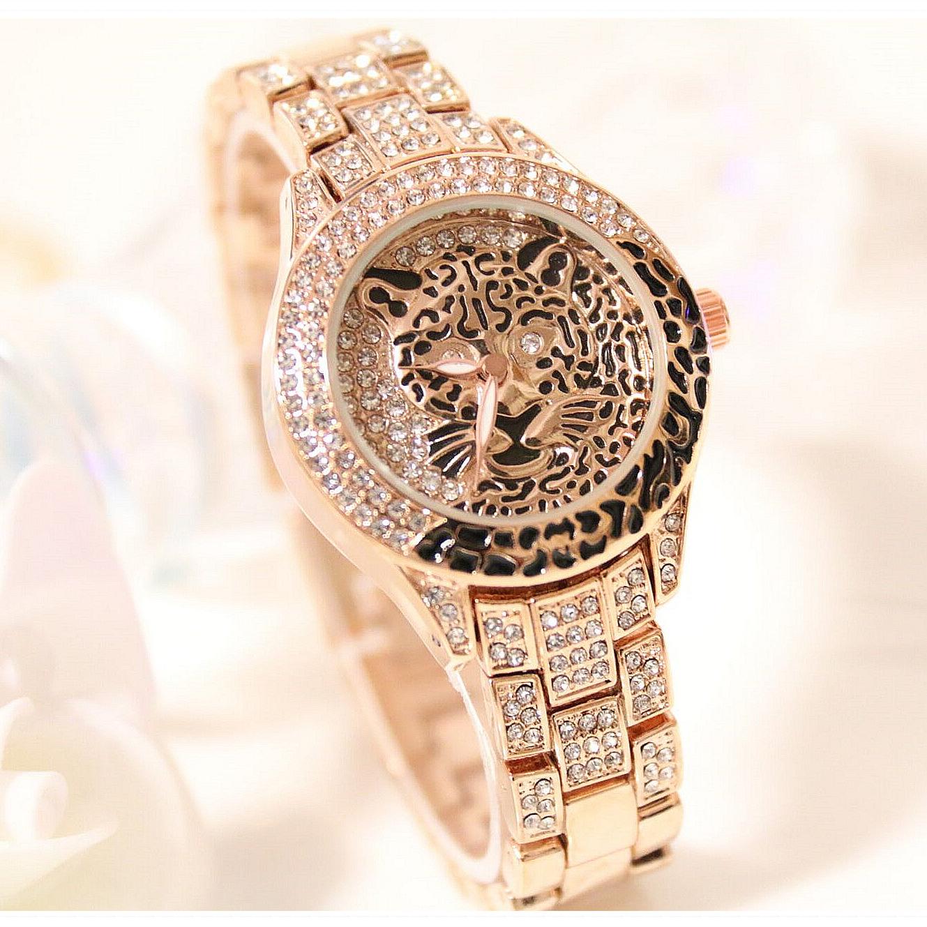 Женские часы со стразами в стиле леопарда
